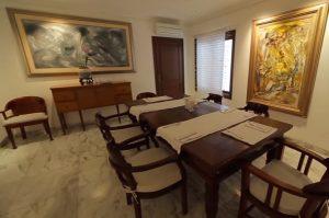 Desain Interior Ruang Makan Terbuka