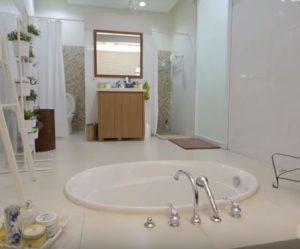 Desain Interior Rumah Bergaya Resort 10