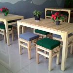 meja cafe minimalis bahan kayu
